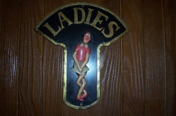 medium_Porte_des_dames_au_Cock_Tavern.JPG